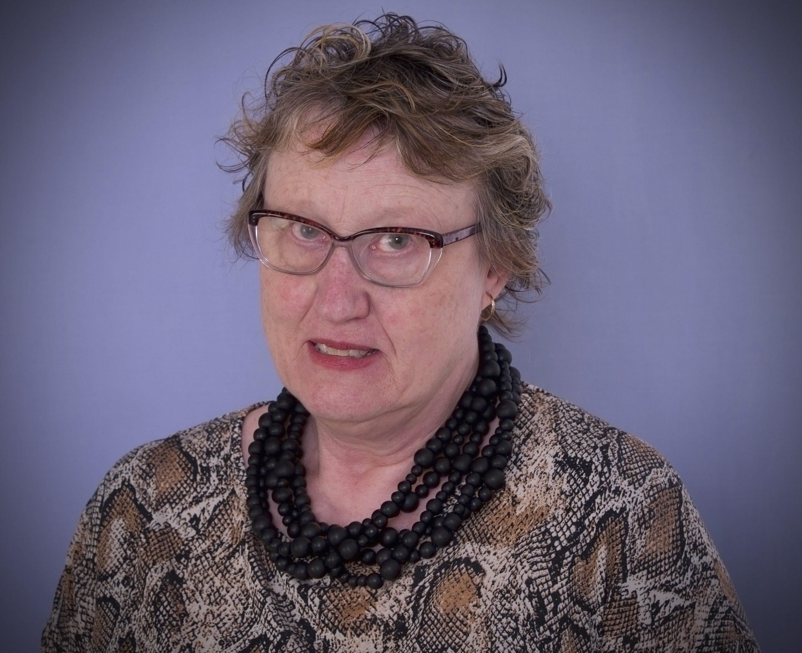 Dr Carolyn Miller