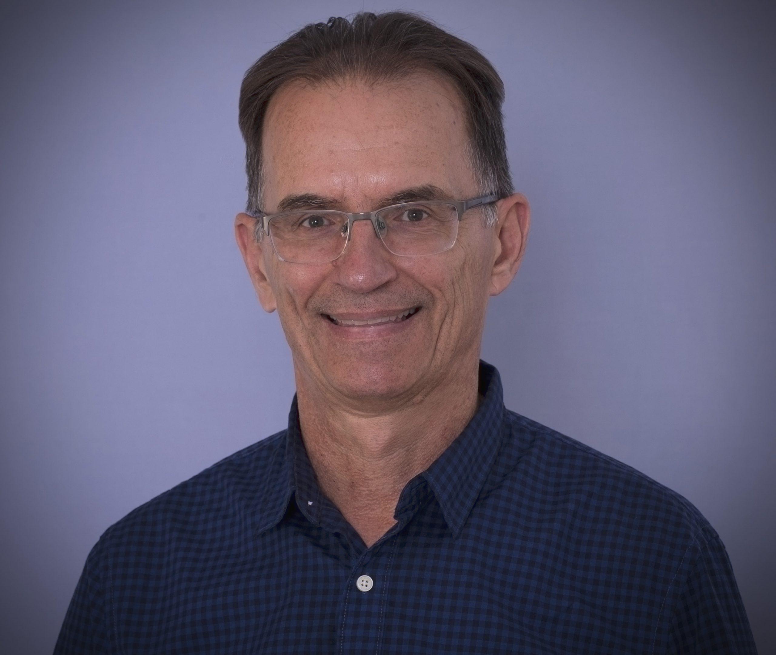 Dr Stan Czarnecki